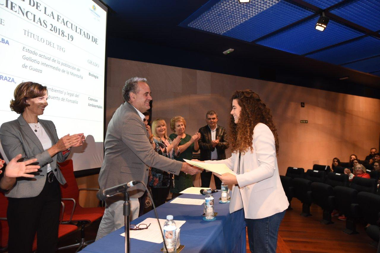 Loro Parque Fundación awards the best final papers in Sciences of the University of La Laguna